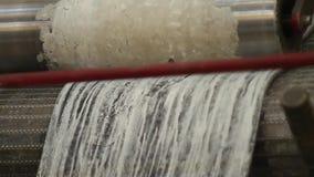Gebruik van rubber voor industriële doeleinden stock videobeelden