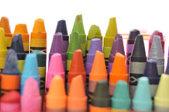 Gebruikte kleurpotlodeninzameling Stock Fotografie