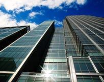 Gebäude im zitronengelben Kai Lizenzfreie Stockfotografie