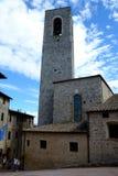 Gebäude und Turm in San Gimignano-Stadt in Toskana, Italien Stockfotos