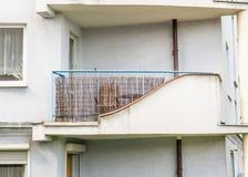 Gebäudebalkon Stockbild