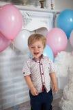Geburtstag des kleinen Jungen Stockbilder