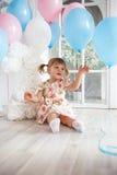 Geburtstag des kleinen Mädchens Lizenzfreies Stockfoto