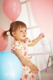Geburtstag des kleinen Mädchens Stockfoto