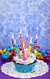 Geburtstag-kleiner Kuchen Lizenzfreies Stockfoto