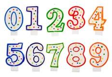 Geburtstag leuchtet die lokalisierte Zahl durch Stockfotografie