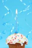 Geburtstagkleiner kuchen Stockbilder