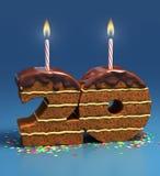 Geburtstagkuchen für einen twenti Geburtstag oder einen Jahrestag Stockfotografie