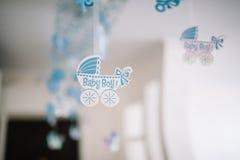 Geburtstags- oder Babypartydekordatumskasten Lizenzfreie Stockbilder