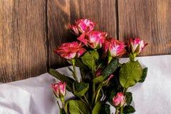 Geburtstags- oder Valentinsgrußtageshintergrund Stockbild