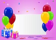 Geburtstagsballone mit leerem Zeichen Lizenzfreie Stockbilder