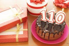Geburtstagsfeier bei hundert und zehn Jahren stockfotografie