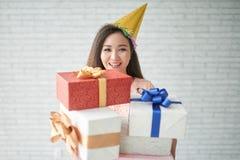 Geburtstagsgeschenke stockfotografie