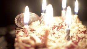 Geburtstagskuchen der Kinder stock footage