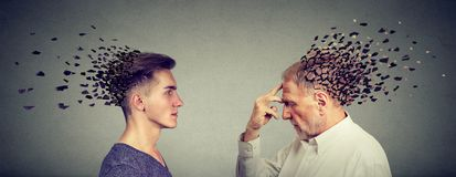 Gedächtnisverlust wegen der Demenz oder des Hirnschadens lizenzfreies stockbild