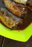 Gedämpfte Fische mit Sojasoße Stockfoto