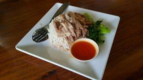 Gedämpftes Schweinefleischfahrwerkbein auf Reis Lizenzfreie Stockfotografie