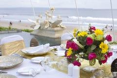 Gedeck mit schöner Blume Lizenzfreies Stockfoto