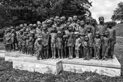 Gedenkteken aan de Kinderenslachtoffers van de Oorlog, Lidice - Tsjechische repu Royalty-vrije Stock Afbeeldingen