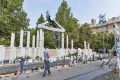 Gedenkteken gewijd aan slachtoffers van Tweede Wereldoorlog Boedapest, Hongarije stock afbeeldingen