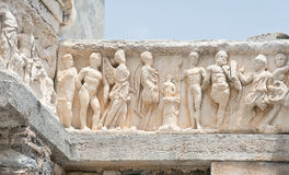 Gedetailleerde boog van de Tempel van Hadrian, Ephesus, Turkije Stock Afbeelding