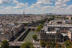 Gedetailleerde mening van Parijs van Notre Dame Stock Fotografie