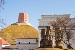 Gediminas塔和石头头在维尔纽斯,立陶宛 图库摄影