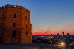 Gediminas torn i Vilnius Arkivbild