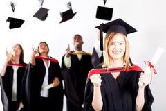 Gediplomeerde bij graduatie Royalty-vrije Stock Afbeeldingen