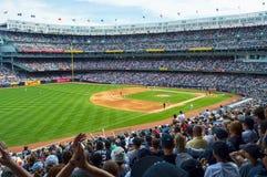 Gedrängtes Yankee Stadium Lizenzfreie Stockfotos