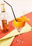 ?Gedronken Oranje? cocktail in een glas stock fotografie
