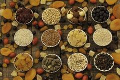 Gedroogd fruit en korrels Stock Afbeelding
