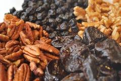 Gedroogd fruit en Noten Stock Afbeeldingen
