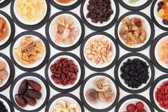 Gedroogd fruitselectie stock afbeeldingen