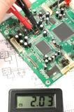 Gedrucktes Leiterplatte und elektronisches Messinstrument Stockfotos