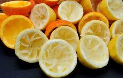 Gedrukte citroenen en sinaasappelen stock foto's