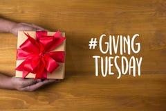 Geef de Steun van de Hulpschenking verstrekken Vrijwilliger en maken Differen royalty-vrije stock foto's