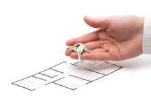 Geef sleutels aan huisvesting royalty-vrije stock foto's