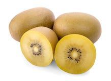 Geel die kiwifruit op wit wordt geïsoleerd stock afbeeldingen
