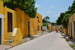 Geel Dorp van Izamal Yucatan in Mexico royalty-vrije stock fotografie