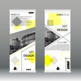 Geel driehoeks abstract Bedrijfsbroodje op malplaatje van het Banner het vlakke ontwerp Abstracte Geometrische Vector de illustra Stock Afbeelding