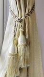 Geel gordijn met een ornament Royalty-vrije Stock Afbeelding