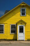 Geel Huis royalty-vrije stock fotografie