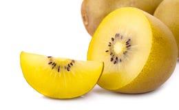 Geel kiwifruit op witte achtergrond Royalty-vrije Stock Foto's