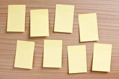 Geel notadocument Stock Foto