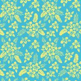 Geel Tropisch Exotisch Gebladerte, Hibiscus Bloemen Vector Naadloos Patroon Weelderige Tropische Palmbladen royalty-vrije illustratie