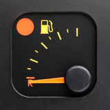 Geen brandstof - lege tankwijzer Stock Foto