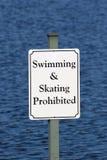 Geen het Zwemmen of het Schaatsen royalty-vrije stock afbeeldingen