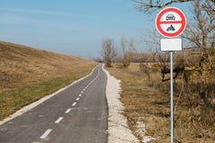Geen ingang voor gemotoriseerde voertuigen - vermijd verontreiniging vector illustratie