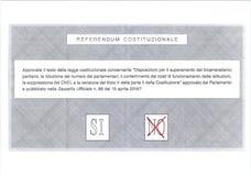 GEEN kruis in rode stem op Italiaans stembriefje Royalty-vrije Stock Fotografie